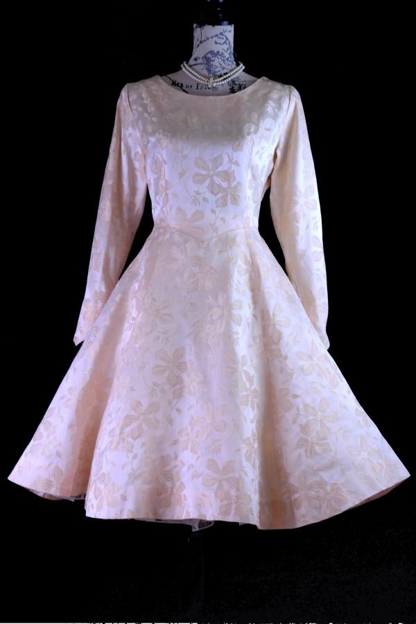 Original 1950\'s Peach Jacquard Brocade Full Swing Tea length Bridal ...